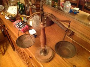 Vintage set of scales for Sale in Dickson, TN