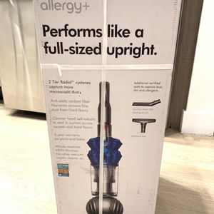 Dyson $469 Vacuum for 50% Off! for Sale in Los Angeles, CA