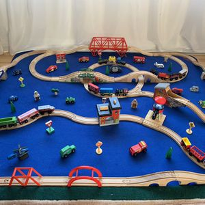 Thomas The Train Set. 160 pieces for Sale in Burien, WA
