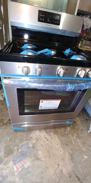 Brand new GE Frigidaire Stove self Clean $$ for Sale in Houston, TX