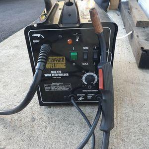 MIG 170 Harbor Freight Flux Core/MIG Welder. for Sale in Holmdel, NJ