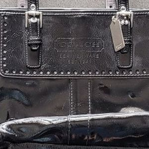 Coach Patent Leather Bag for Sale in Hialeah, FL
