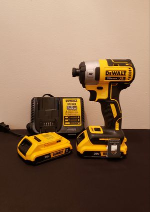New Impact Drill XR 3 Speed whit (2) Batteries 2.0AH Charger and Contractor Bag FIRM PRICE for Sale in Woodbridge, VA