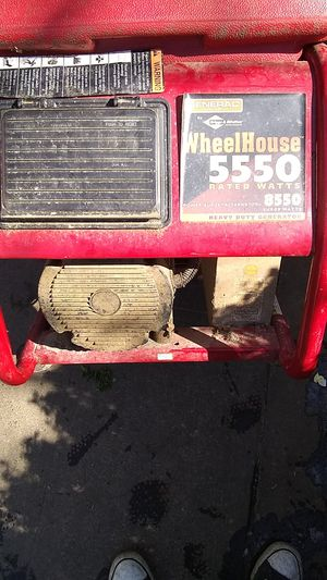 Brigs and Stratton wheelhouse 5550 rated watts generator for Sale in Portland, OR