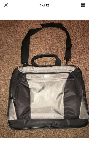 Targus Laptop Bag for Sale in Wichita, KS