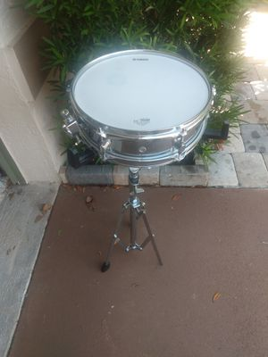 Yamaha snare drum set with carrying bags for Sale in Fort Myers, FL