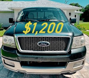 $1,2OO URGENT For sale 2OO4 Ford F-150 Lariat 4dr truck V8 Transmision automatic Like a new The A/C works for Sale in Washington, DC