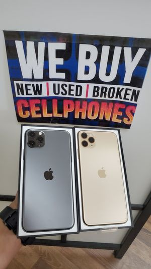 IPHONE 11 PRO MAX 64GB FOR AT&T & CRICKET for Sale in Garland, TX