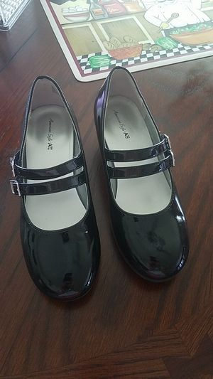 Girls High Heel Shoes Size 2 for Sale in NW PRT RCHY, FL