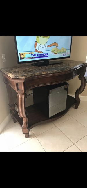 "Marble table 59""x29""x41"" for Sale in Pembroke Pines, FL"