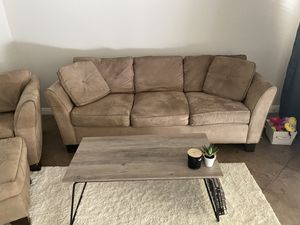Brown suede 4 piece couch set for Sale in Menifee, CA