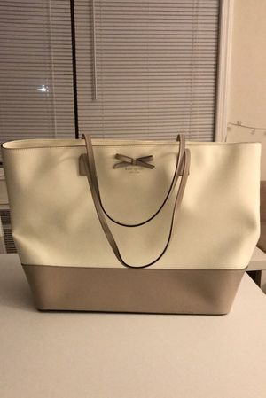 Kate Spade Large Leather Tote Handbag, Cream and Camel Duo Color for Sale in Paramus, NJ