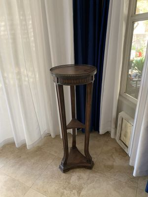 Solid Mahogany Pedestal for Sale in Las Vegas, NV