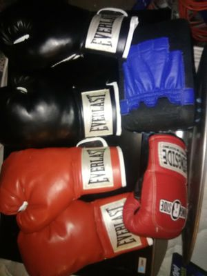 Everlast boxing gloves for Sale in Otis Orchards, WA