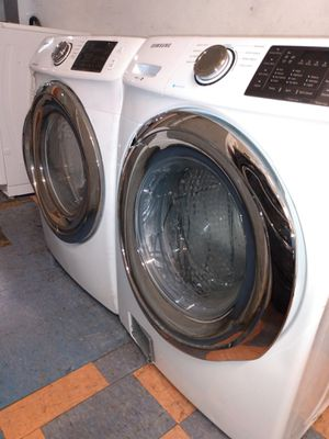 White Samsung washer and dryer Set (Like New) for Sale in San Clemente, CA