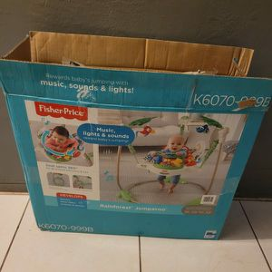 NEWWW IN BOX FISHER PRICE RAINFOREST BABY BOUNCER for Sale in Miami, FL
