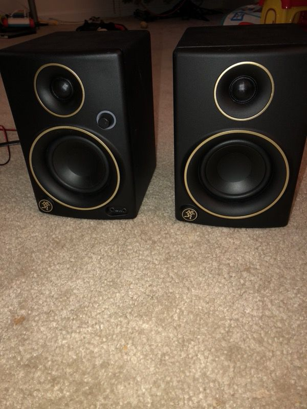 Mackie CR3 limited edition studio monitors