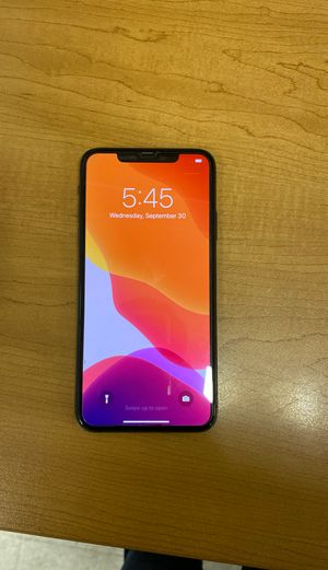 IPhone 11Pro Max unlocked for Sale in Danbury, CT