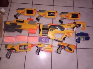 Nerf N-Strike Lot 10 Guns for Sale in Miami, FL