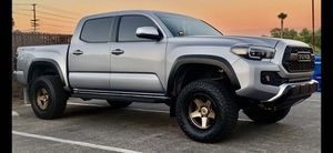2018 Tacoma TRD off road Parts/Body perfect condition for Sale in Spring Valley, CA