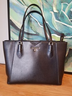 Michael Kors Leather Tote for Sale in Gibsonia,  PA