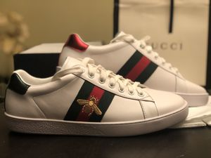 Gucci Acer Bee Sneakers Shoes - Size 10 Men for Sale in Los Angeles, CA