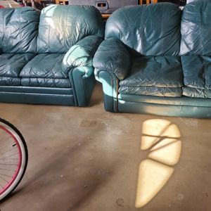 Free Green Leather Couches for Sale in Santa Maria, CA