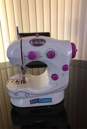 A CraZArt Sewing Machine for Sale for Sale in Fresno, CA
