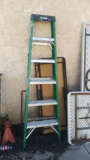 6ft for Sale in Perris, CA