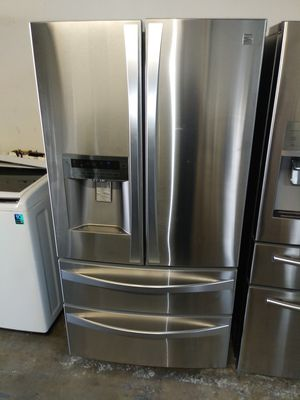 🌅Kenmore elite refrigerator 4 door nice🌅 for Sale in Houston, TX