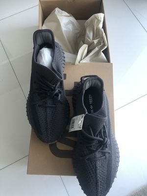 Adidas Yeezy Boost v2 Cinders (bran new with receipt from store) size 11 for Sale in Miami, FL