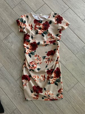 Brown pink blush maternity dress for Sale in Peoria, AZ