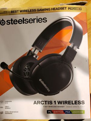 Steelseries Arctis 1 wireless gaming headphones for Sale in Queen Creek, AZ