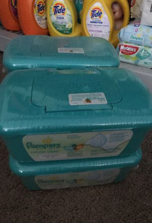 Pampers natural clean wipe for Sale in Los Angeles, CA