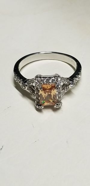 Citrine and white sapphire ring for Sale in Tampa, FL