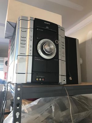 Stereo system for Sale in Raleigh, NC