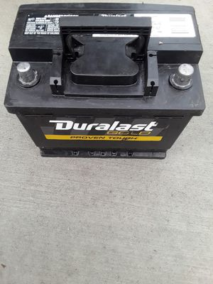 Car battery h7 seminew for Sale in CTY OF CMMRCE, CA