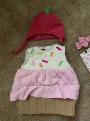 CupCake baby Costume 3-6M for Sale in Windsor Locks, CT