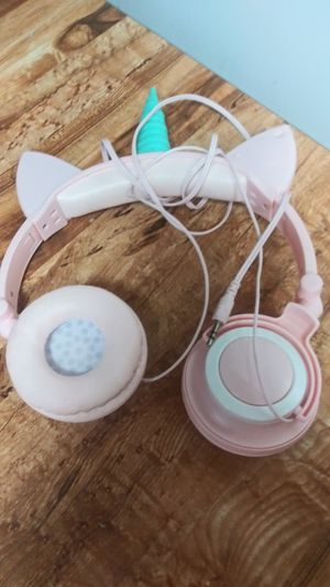 Unicorn light up headphones for Sale in Stockton, CA