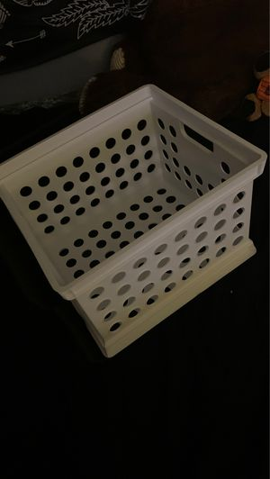 White plastic crate. $5 for Sale in Fontana, CA
