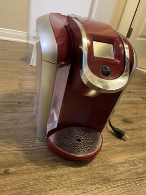 Keurig - red, barely used for Sale in Los Angeles, CA