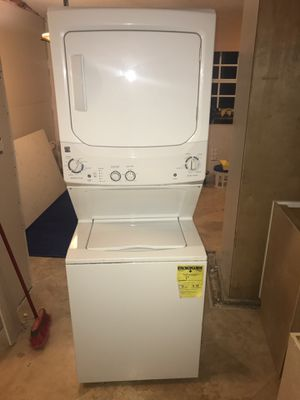 Kenmore big double stack washer & dryer for Sale in Miami, FL