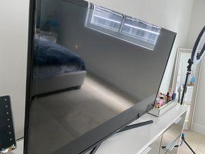 Tv Samsung 40 inch smart for Sale in Miami, FL