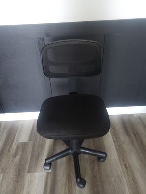 Desk chair for Sale in Menifee, CA