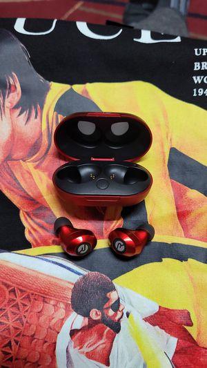 RAYCON Wireless Earbuds (cleaned) for Sale in Glenarden, MD