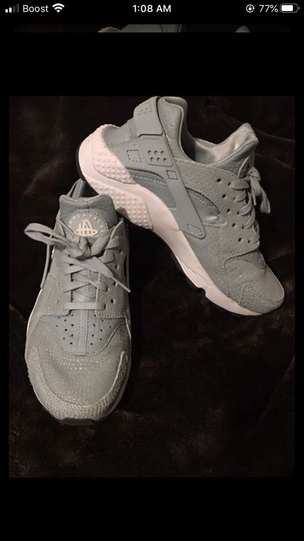Nike 👟 in excellent condition 💯👌 size 6 1/2 for woman 👩