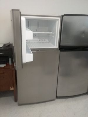 Kenmore top and bottom stainless steel refrigerator used good condition 90days warranty for Sale in Suitland, MD