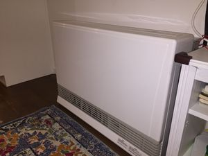 Rinnai Energy Saver Natural Gas Wall Furnace 38,400 BTU for Sale in Oakland, CA