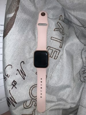 Apple Watch Series 4 for Sale in Lawrence, MA
