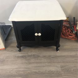 Coffee Table / Side Table for Sale in West Valley City,  UT